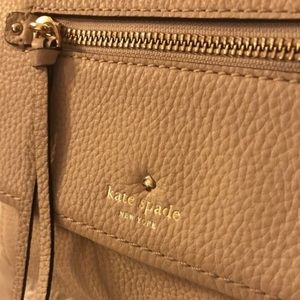Cream Kate Spade Crossbody Purse!